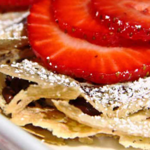 Strawberry-Chocolate Chip Crêpes
