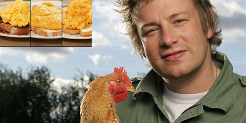 See How Jamie Oliver Prepares The Most Delicious Scrambled Eggs