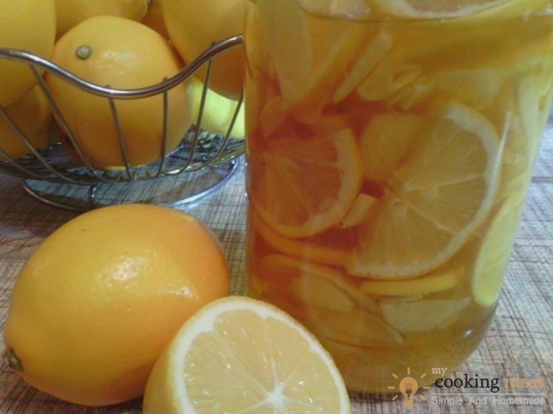 Homemade Remedy For Sore Throat (Honey and Ginger)